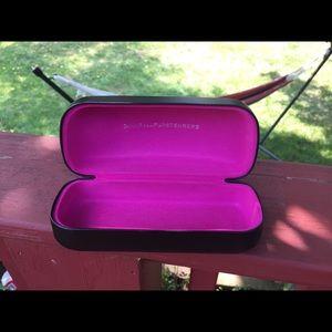 Diane Von Furstenberg Sun glasses Case